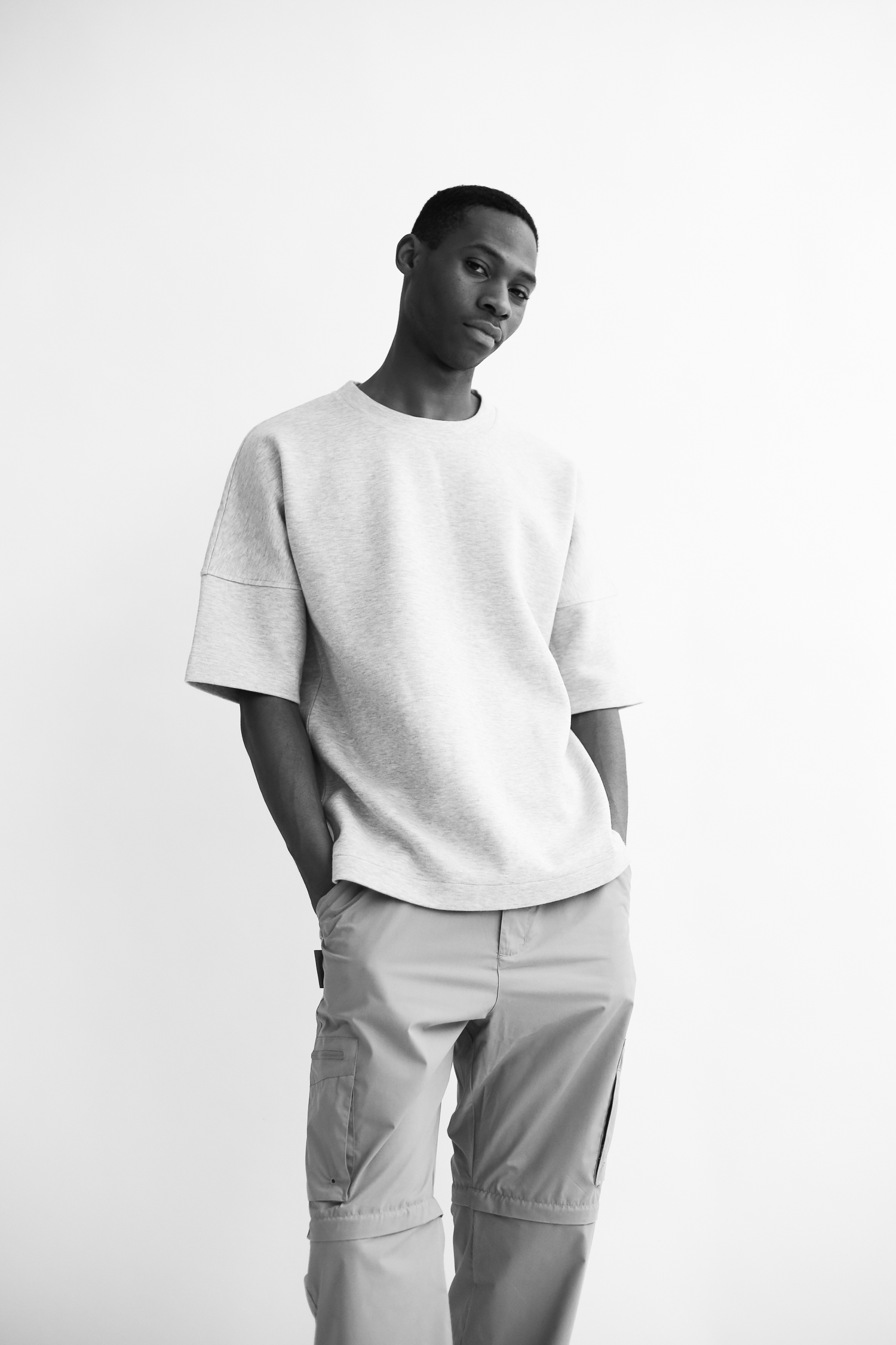 Lu Akinwale is a new model talent at First Model Management London. He already worked for Gucci, Moncler, Joshua Kane and Adidas.