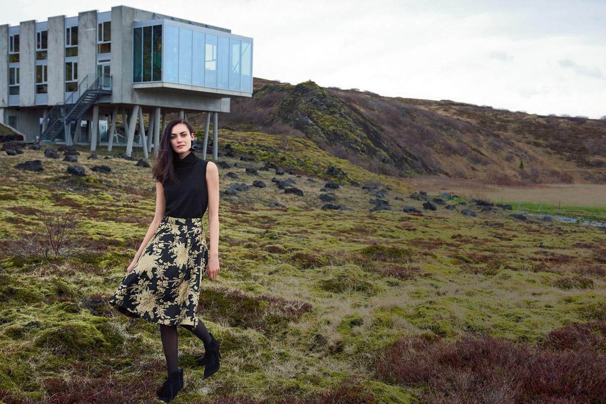 Das Fashion-Label Madeleine setzt seine skandinavisch-femininen Nordic Looks auf Island in Szene. Sie sind in Nürnberg im Madeleine-Store erhältlich.