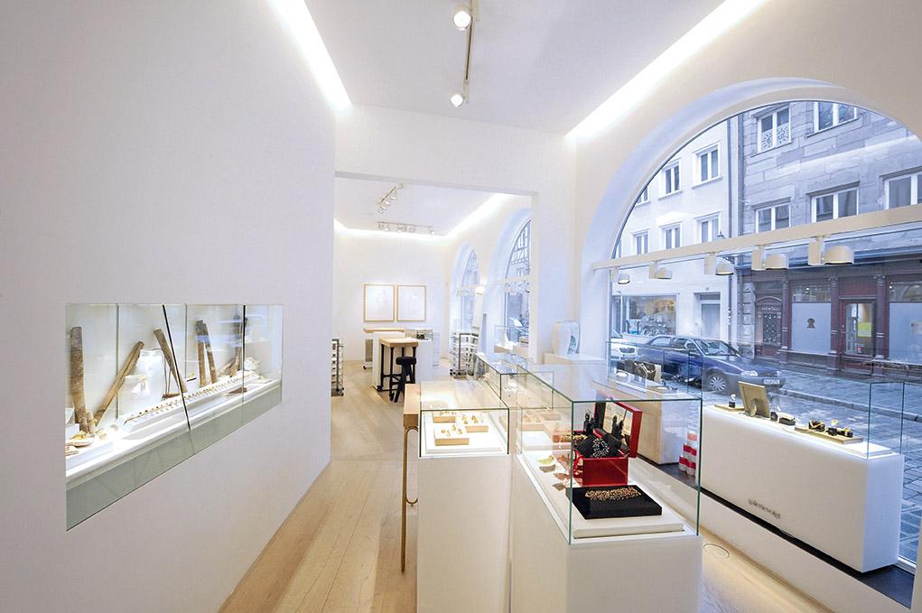 Galerie Voigt Abteilung Schmuck
