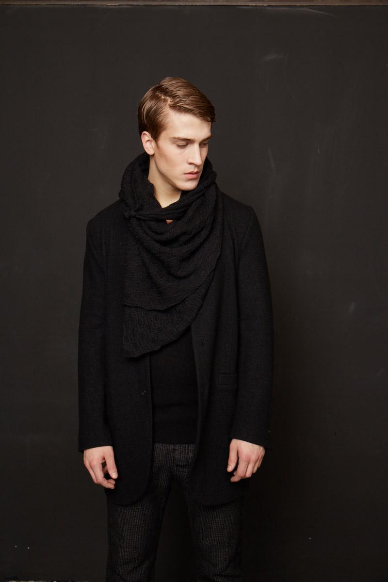 Mode von Hannes Roether ist in Nürnberg bei Mina erhältlich.