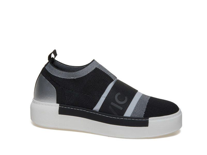 Vic Matiè Sneakers erhältlich bei Shushu