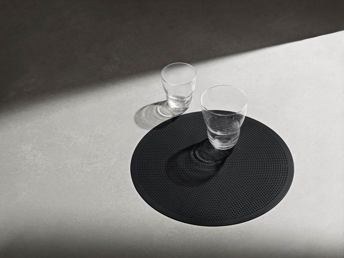 Vipp134 Tischsets mit Gläsern